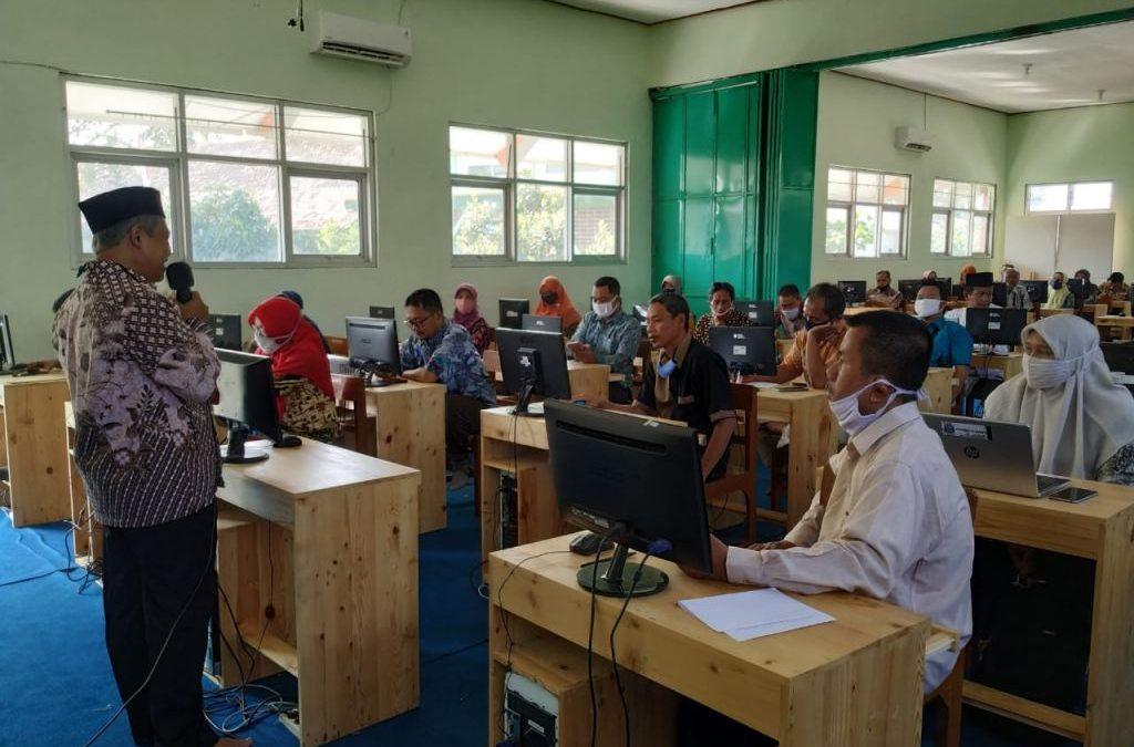 MAN 1 Kota Madiun Selenggarakan Rapat Evaluasi Pembelajaran E-Learning