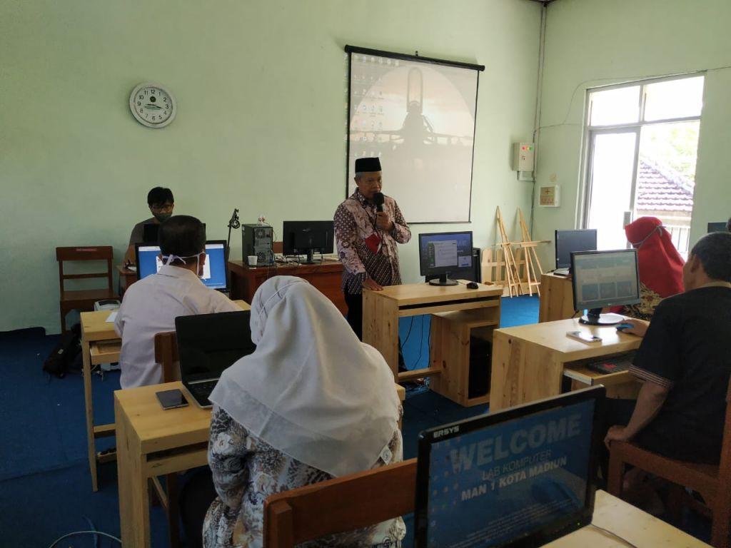 MAN 1 Kota Madiun Rapat Evaluasi Pembelajaran E-Learning