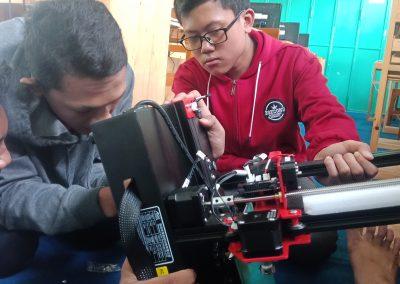 Siswa MAN1 Kota Madiun - Rakit Mesin Pencetak 3D