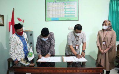 MAN 1 Kota Madiun Lakukan MoU dengan Bank Syariah Indonesia