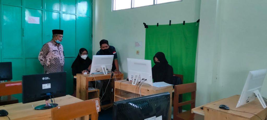 MAN 1 Kota Madiun Ikuti Uji Coba Kompetisi Sains Madrasah 2021